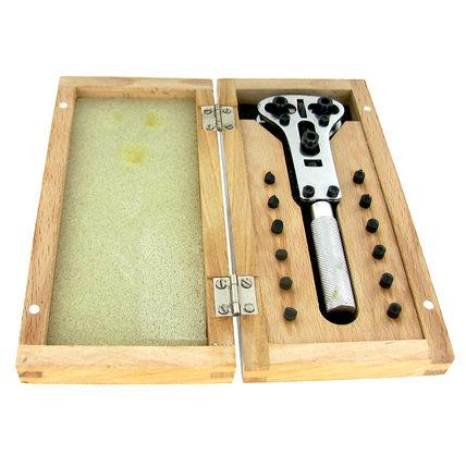 imagem do produto Chave para Abrir Relógio Jaxa com Caixa de Madeira